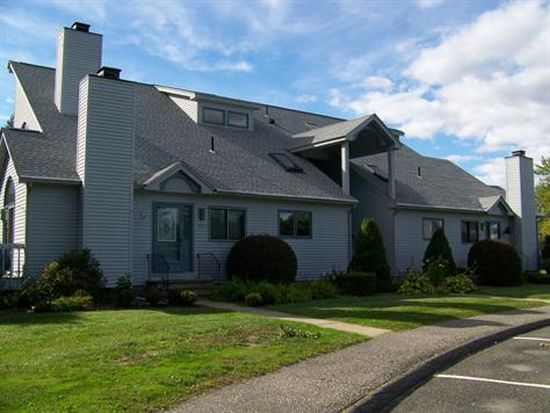 H3 Pondview Dr, Pittsfield, MA 01201