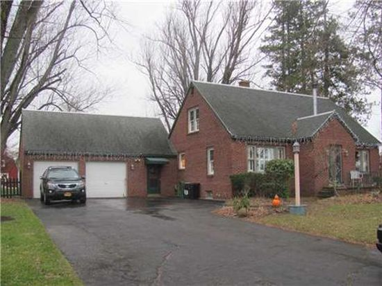 7460 Berghorn Rd, Clarence Center, NY 14032