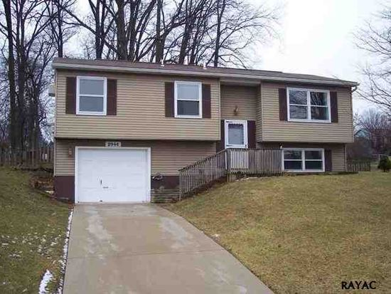 2944 Exeter Dr S, York, PA 17403