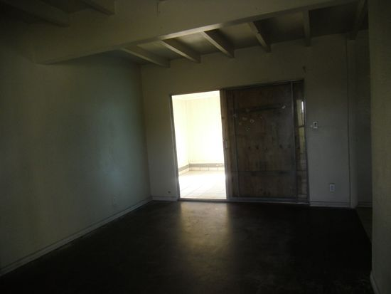 1505 W 165th St, Compton, CA 90220