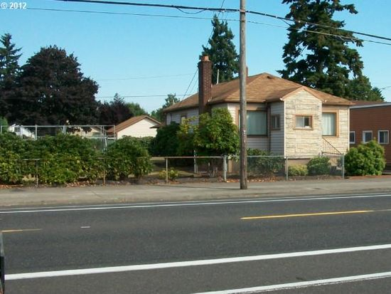5621 SE Woodstock Blvd, Portland, OR 97206