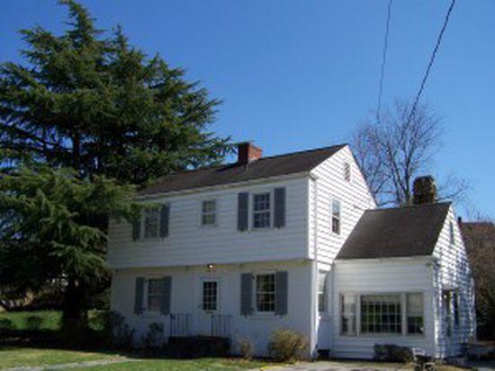 2940 Corbieshaw Rd SW, Roanoke, VA 24015