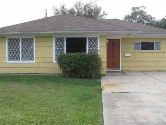 2119 Perry Ave, Groves, TX 77619