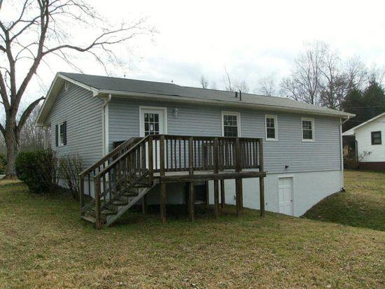 796 Garrison Rd, Reidsville, NC 27320
