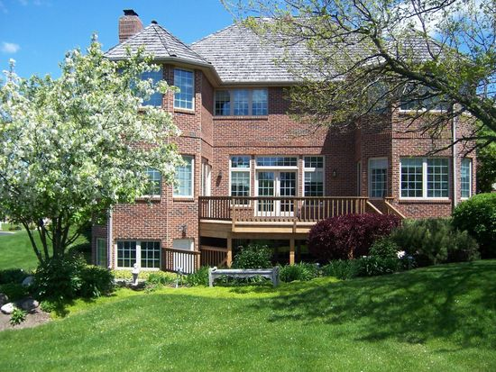 10711 Bull Valley Dr, Woodstock, IL 60098
