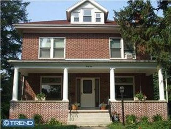 42 Upland Rd, Reading, PA 19609