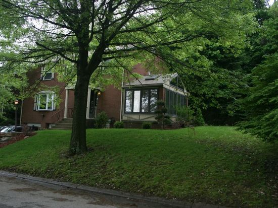 33 Hauck Dr, Pittsburgh, PA 15235