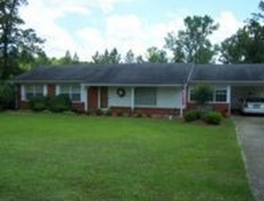693 Hillcrest Rd, West Point, MS 39773