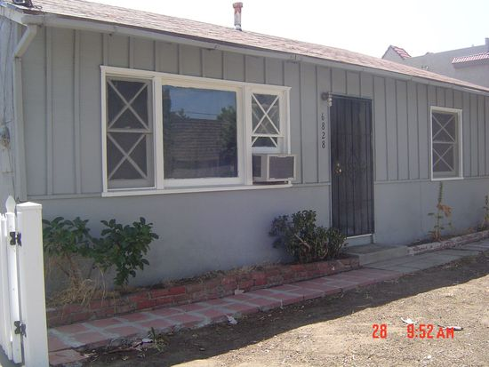 6828 Variel Ave, Canoga Park, CA 91303