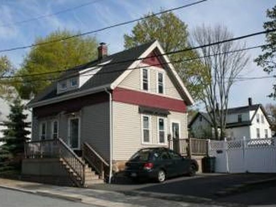18 Myrtle St, Beverly, MA 01915