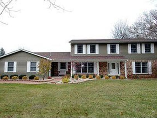 4018 Valley View Rd, Crystal Lake, IL 60012