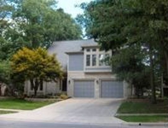 616 Brook Run Dr, Westerville, OH 43081