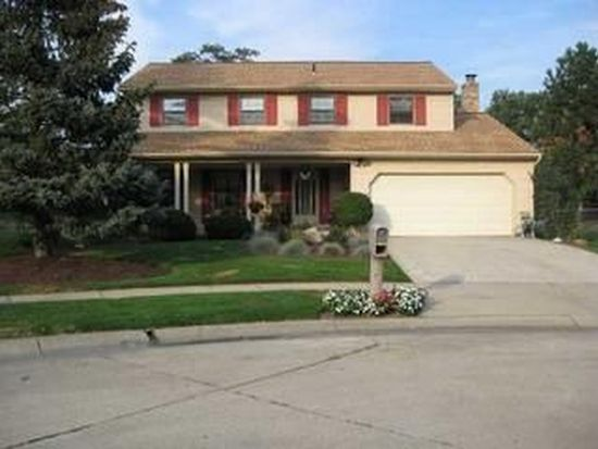 5884 Mall View Ct, Columbus, OH 43231