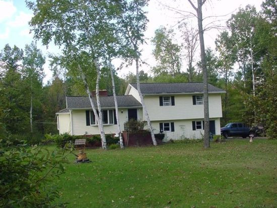 1063 Middle Pownal Rd, Bennington, VT 05201