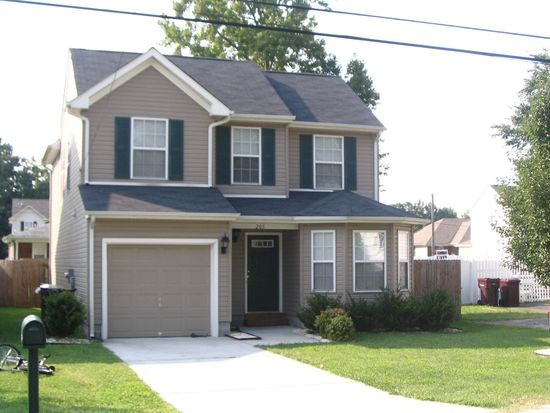 205 Diamond Ave, Chesapeake, VA 23323