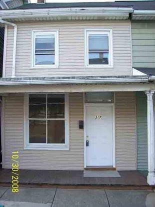 317 Main St, Slatington, PA 18080
