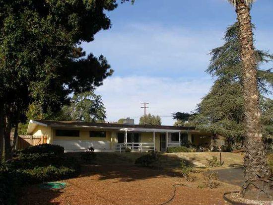 1282 Oak Dr, Vista, CA 92084