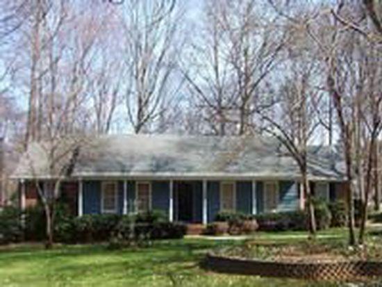 1813 Bobolink Ln, Charlotte, NC 28226