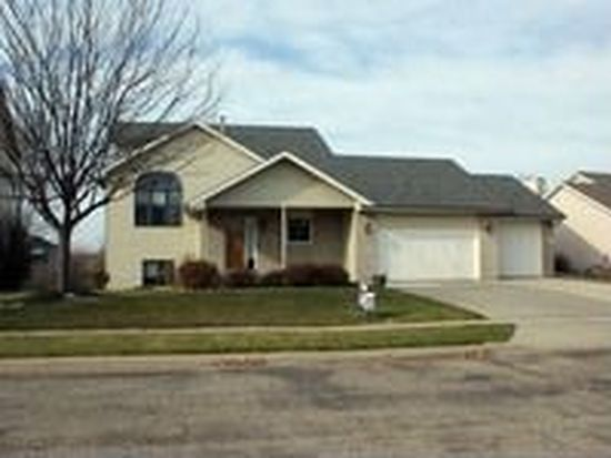 1013 E 64th St, Sioux Falls, SD 57108