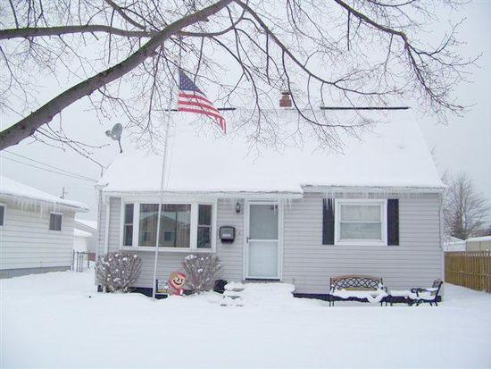 15292 Hocking Blvd, Brook Park, OH 44142