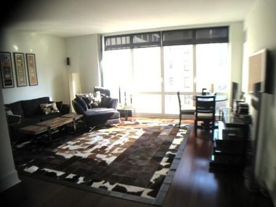 300 E 55th St APT 7F, New York, NY 10022