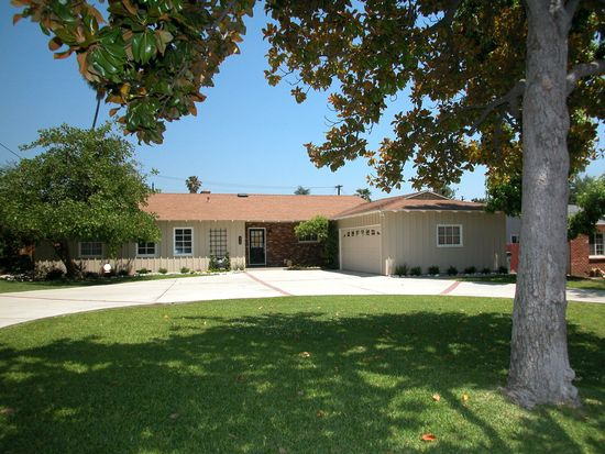 430 Pembrook Dr, Pasadena, CA 91107