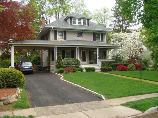 235 Kenilworth Rd, Ridgewood, NJ 07450