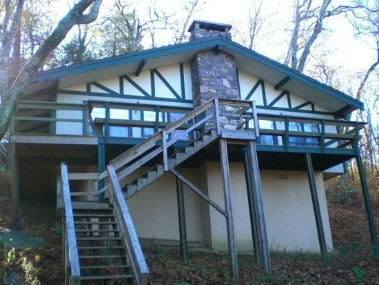109 Dogwood Ln, Beech Mountain, NC 28604