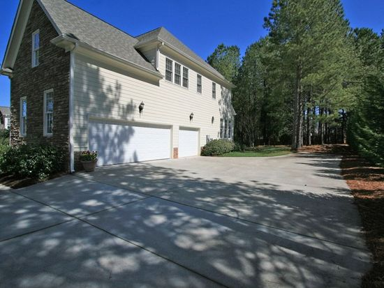 2921 Penfold Ln, Wake Forest, NC 27587