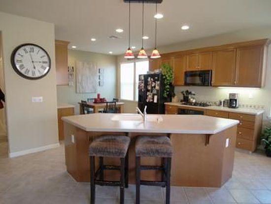 383 Mendocino Ct, Oakdale, CA 95361