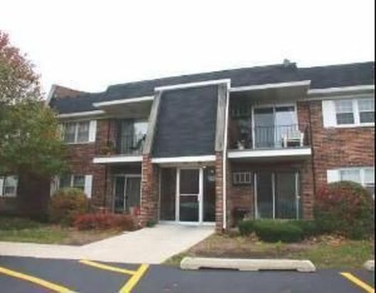 2343 Ogden Ave APT 2, Downers Grove, IL 60515
