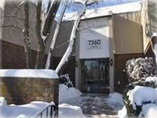 7360 Fairview Ave APT 102, Downers Grove, IL 60516