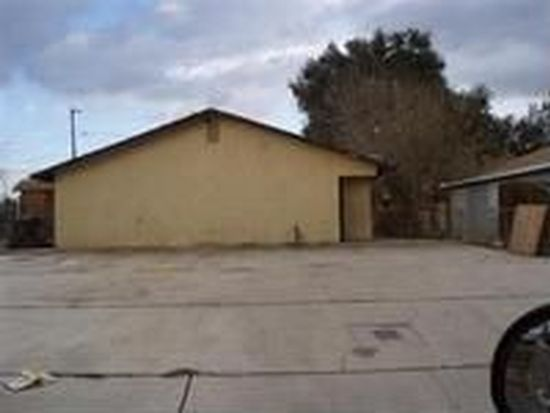 616 Cannon Ave, Bakersfield, CA 93307