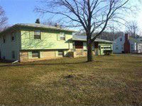 456 W Burr Oak St, Centreville, MI 49032