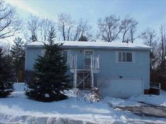 2911 Michael St, Wonder Lake, IL 60097