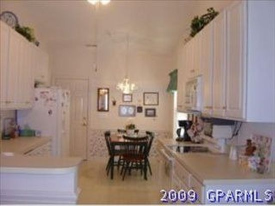 2121 Yorkshire Dr, Greenville, NC 27858