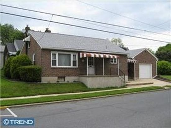 1187 Ruth St, Sinking Spring, PA 19608