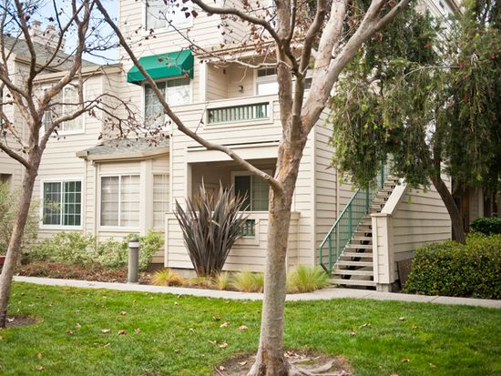 2606 Hastings Shore Ln, Redwood City, CA 94065