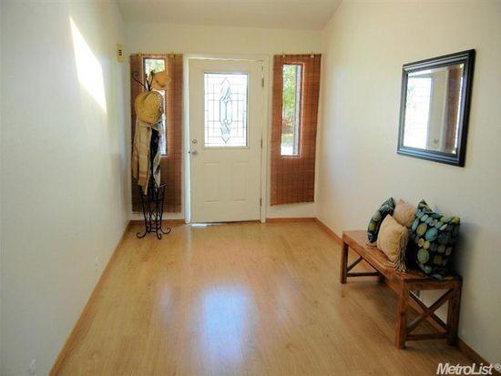 1328 Madison Pl, Woodland, CA 95776
