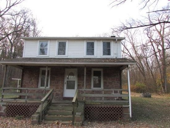 1675 Old Trail Rd, Etters, PA 17319