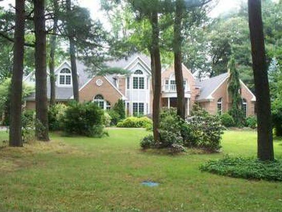 1 Rosewood Ln, Moorestown, NJ 08057