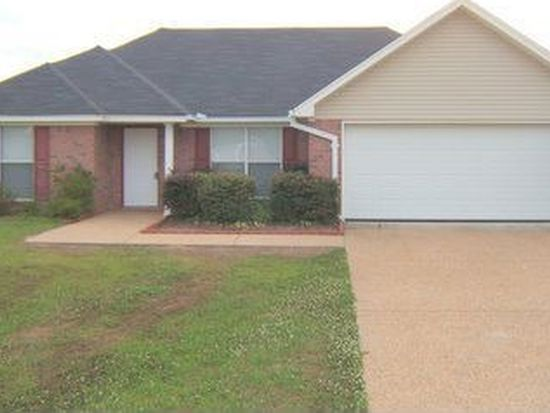 411 Willow Bay Dr, Jackson, MS 39272