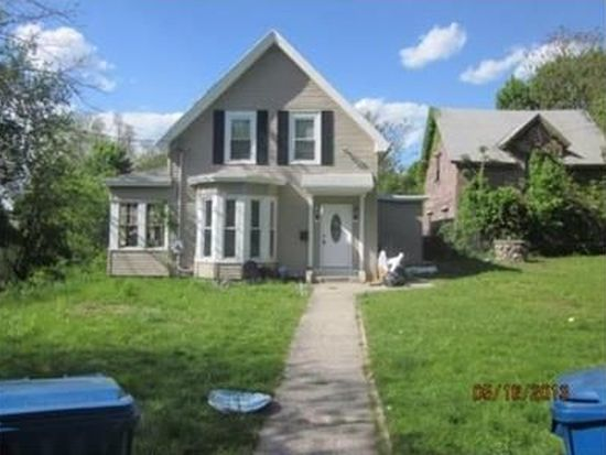 243 Ferry St, Lawrence, MA 01841