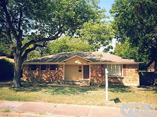2415 Greenport Dr, Dallas, TX 75228