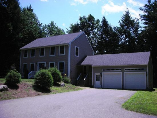 19 Spruce Ln, Dover, NH 03820
