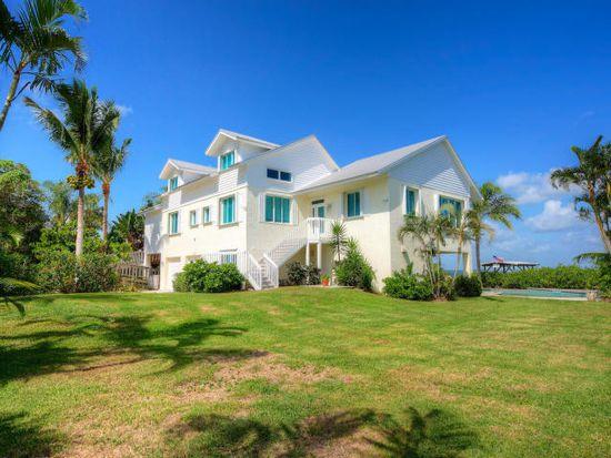 150 Paradise Point Dr, Melbourne Beach, FL 32951
