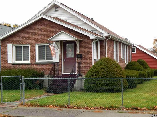 1620 9th Ave, Watervliet, NY 12189