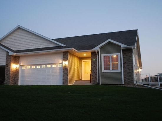 W5485 Timber Creek Trl, La Crosse, WI 54601