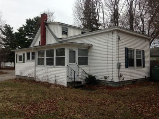 9 Irish St, Rochester, NH 03867