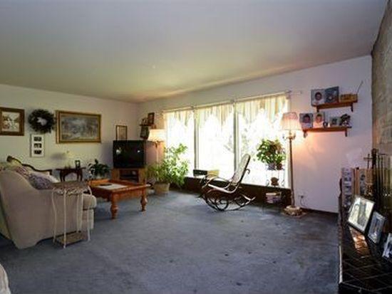 4N366 Briar Ln, Bensenville, IL 60106